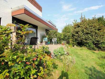 Zentral in Bielefeld Theesen: Gepflegte 2-Zi.-ETW mit großer Terrasse und eigenem Garten