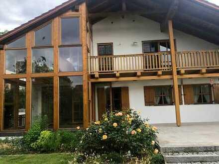 Großzügiges Familienhaus mit Wintergarten und viel Platz (Kreis), Deggendorf