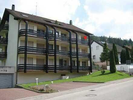 Gepflegte 3-Zimmer-Wohnung mit 2 Balkonen in Enzklösterle