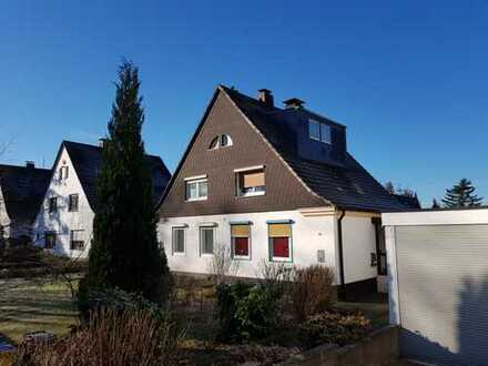 Doppelhaushälfte auf schönem Grundstück in beliebter Lage
