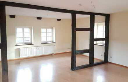 Schöne, vollständig renovierte 4-Zimmer-Loft-Wohnung mit Einbauküche in Gardelegen