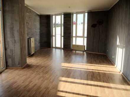 Neu: Großzügige 5-Zimmer Wohnung Offenbach Stadtmitte