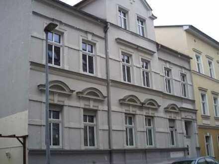 Großzügige 2 Zimmer-Wohnung in Stadtmitte!