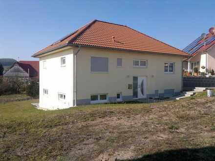 Modernes Einfamilienhaus auf Erbpachtgrundstück mit toller Aussicht