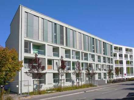 Schöne, helle 1-Zimmer-Wohnung mit Balkon u. Pantryküche