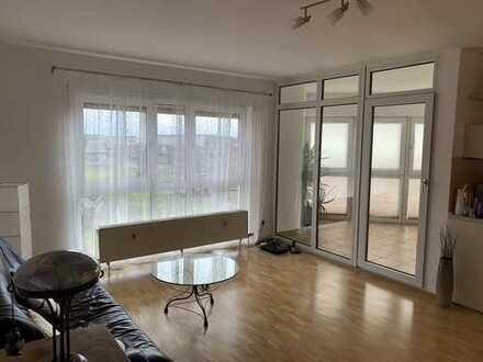 Schöne 4-Zimmer-Whg. m. Wintergarten in Dietzenbach Mitte (S-Bahn Nähe) inkl. 2 Tiefgaragenplätzen