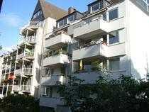 Schöne drei Zimmer Wohnung in Bayenthal,incl. Einbauküche,ca. 75 qm,sehr ruhig, Balkon
