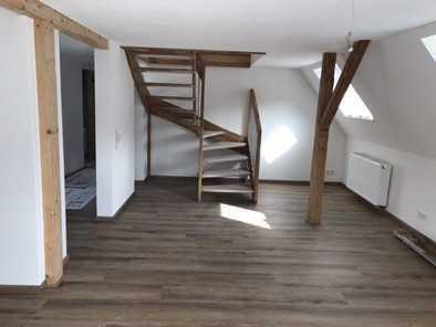 Erstbezug nach Sanierung mit Balkon: schöne 5-Zimmer-Wohnung in Immendingen
