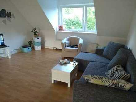 Großzügige 3,5-Zimmer-Dachgeschosswohnung mit EBK in der Hammer Innenstadt