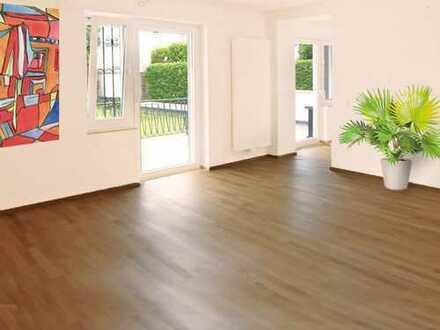 Frankfurt-Bergen: House in house living - komplett sanierte 3,5 Zi. Wohnung mit Terrasse und Garten