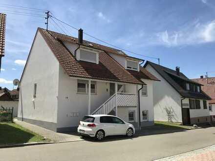 Gepflegte, moderne und geräumige 3-Zimmer Erdgeschoss Wohnung in Zollernalbkreis, Geislingen