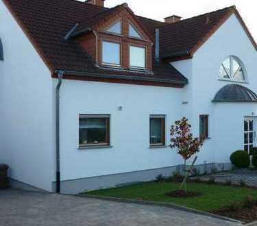 1.300 €, 142 m², 5 Zimmer