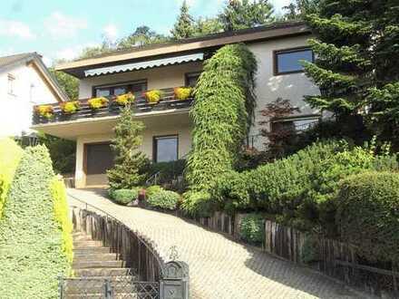 Freistehendes Einfamilienhaus in einzigartiger Lage mit Fernblick - provisionsfrei -