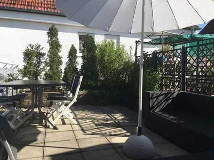 Exklusive 2-Zimmer-Maisonette-Wohnung mit Dachterrasse in Unterschleißheim
