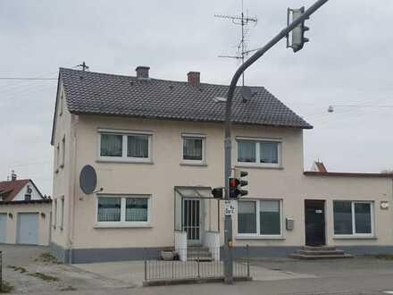 Toplage - 8-Zimmer-Mehrfamilienhaus in Nersingen