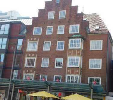 renovierte 2 Zimmer, Küche, Bad mit Balkon in direkter Innenstadtlage