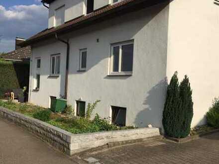 Familienfreundliche 4-Zi-Wohnung in ZFH mit Garten, Terrasse, ruhig gelegen