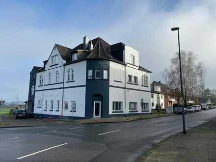 *Schöne, große, 3-Zimmer Wohnung mit Terrasse in Top-idyllischer-Lage in Herne*
