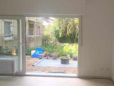 Frühlingsaktion: 1 Kaltmiete geschenkt: Komplett renovierte Wohnung mit Terrasse und Garage!