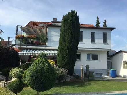 Charmantes Zweifamilienhaus mit viel Platz für die ganze Familie