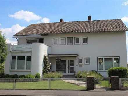 Doppelhaushälfte mit großzügigem, gepflegtem Garten in Harleshausen