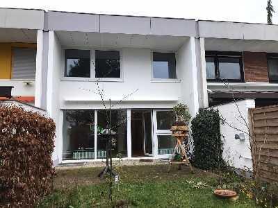 Reihenmittelhaus mit Garage in Berlin-Frohnau - Mietvertrag befristet für 3 Jahre -