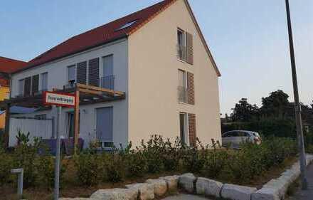 Attraktive Doppelhaushälfte mit 5,5 Zimmern in Reutlingen (Kreis), Reutlingen