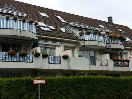 Gepflegte 3-Zimmer-Wohnung mit Balkon und Einbauküche in Eil, Köln
