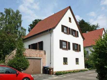 Kaiserslautern-Lämmchesberg - Stilvolles Einfamilienhaus mit großzügigem Garten in gefragter Lage