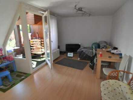 Schöne zentrale 2 Zimmer Wohnung Ortsmitte Frickenhausen