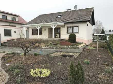 Freistendes Einfamilienhaus mit Einliegerwohnung in Wiesloch- Baiertal