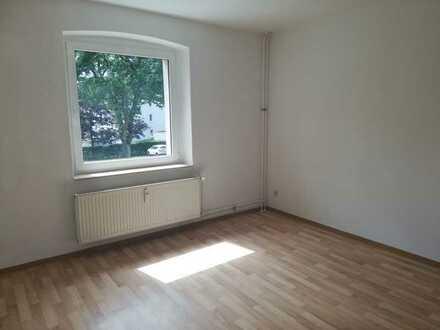 **Modernisierte** 3-Zimmer Wohnung im 1. Obergeschoss