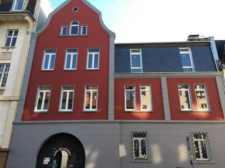 Traumhafte Loftwohnung in historischer Stadtvilla mit großer Terrasse