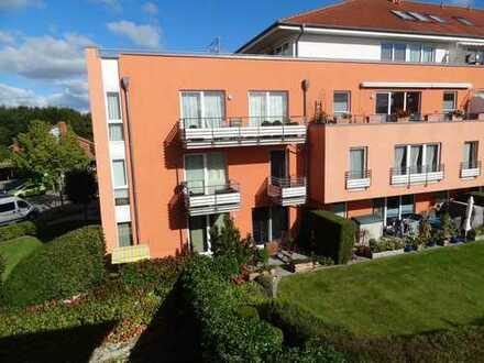 Altenholz: Großzügige Wohnung mit individuellem Grundriss