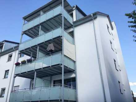Exklusive, sanierte 2-Zimmer-Wohnung mit tollem Balkon in Ilvesheim