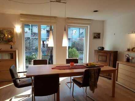 Rollstuhlgerechte, stilvolle 3-Zimmer-Wohnung mit Terrasse und EBK in Kassel-Unterneustadt
