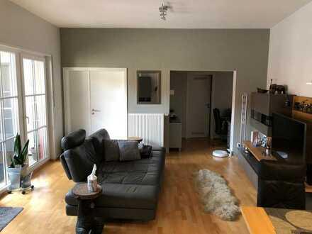 Neuwertige 2-Zimmer-Wohnung mit Balkon und Einbauküche in Neckargemünd