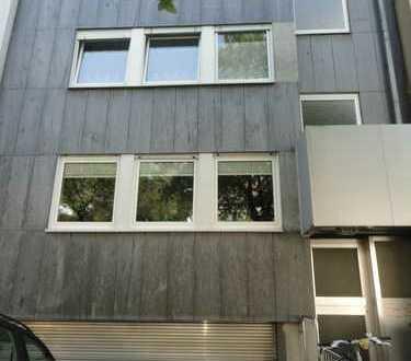 2-Zimmer-Wohnung in Dortmund (Ruhrallee) mit Balkon, Gäste-Bad, große Küche uvm