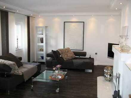 Traumhaft schöne Design-Maisonettewohnung für anspruchvolle Singles und Paare!