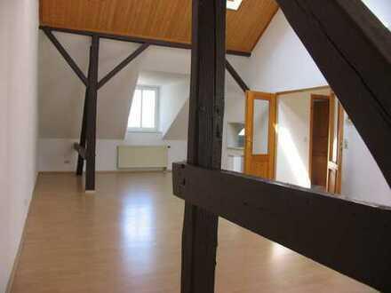 Schicke 3 1/2 Raum Dachgeschoßwohnung im beliebten Mühlwegviertel