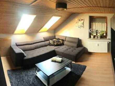 Attraktive Dachgeschosswohnung mit eigenem Garten zum Verkauf in Inchenhofen