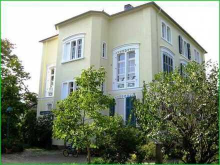 SCHWIND IMMOBILIEN - Weiblick garantiert: die schönste Etage der Villa