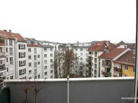 München, attraktive und helle 1-Zimmer-Wohnung - 5.OG. - Innenhoflage mit Balkon und EBK - Nähe Isar