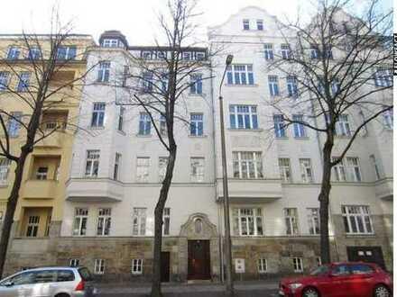 Große Dachgeschosswohnung mit 2 Balkon in Leipzig-Gohlis!