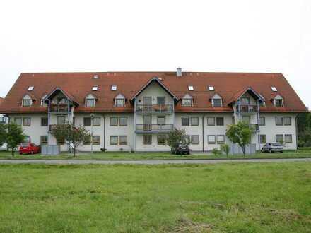 Helle 3- Zimmerwohnung mit 2 Balkonen im 1. Obergeschoss in dörflicher Idylle von Wildberg