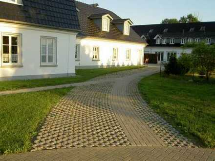 Schöne, geräumige drei Zimmer Wohnung in Demmin (Kreis), Kummerow