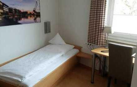 500 €, 25 m², 1 Zimmer