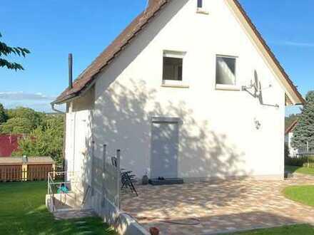 Saniertes Einfamilienhaus mit vier Zimmern und Einbauküche in Neuhausen, Neuhausen-Steinegg