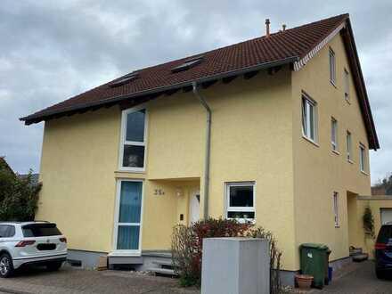 Gepflegte Doppelhaushälfte mit 4 Zimmern OHNE Einbauküche zur Miete in Mühlhausen