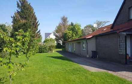 Schönes Haus mit Einliegerwohnung und schönem großen Garten in Hannover, Nordhafen